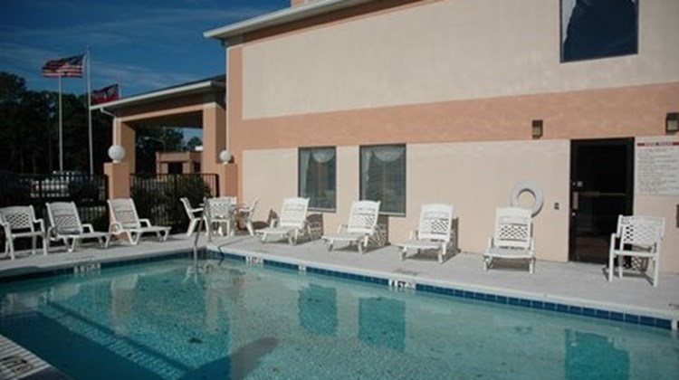 Key West Inn Baxley Pool