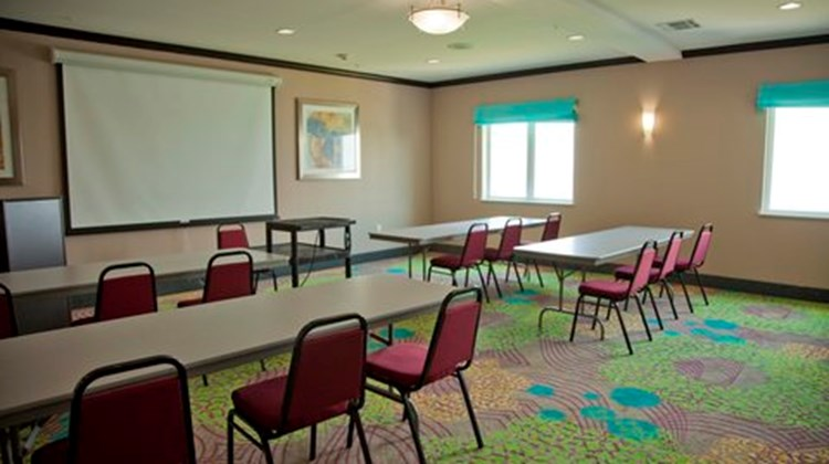 Holiday Inn Express & Suites-Port Lavaca Meeting