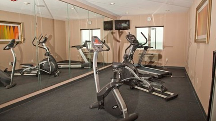 Holiday Inn Express & Suites-Port Lavaca Health Club