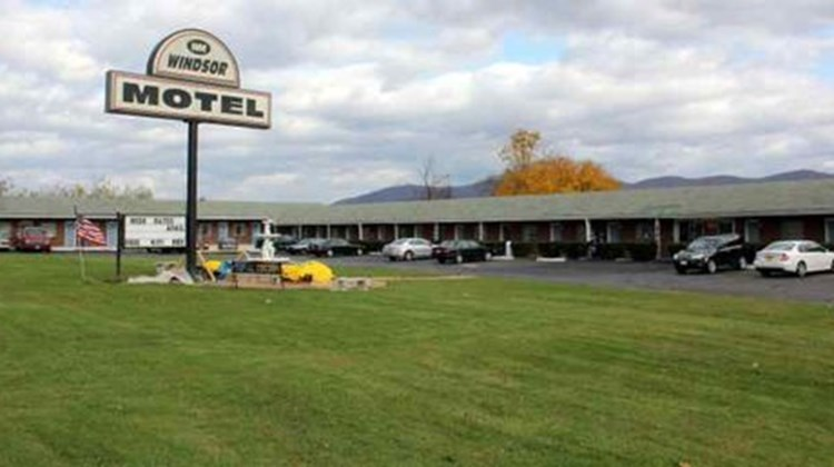Windsor Motel Exterior