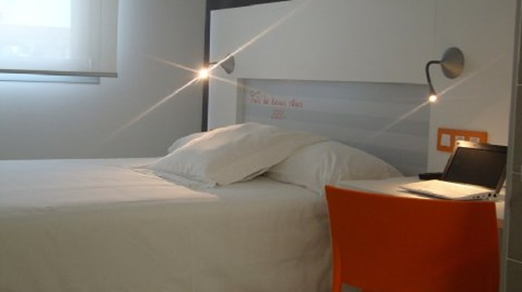 Hotel Bed4u Pamplona Room