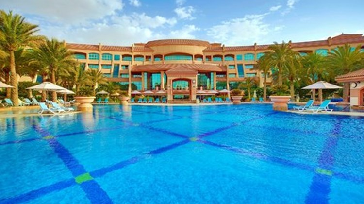 Al Raha Beach Hotel Pool