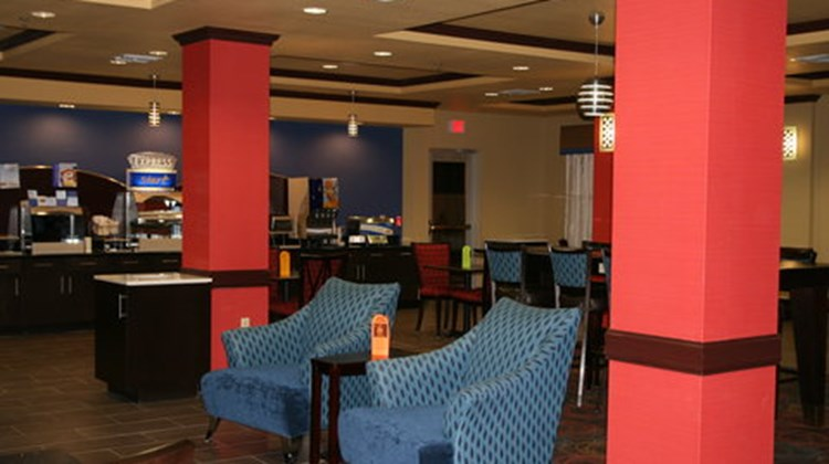 Holiday Inn Express & Stes George West Restaurant