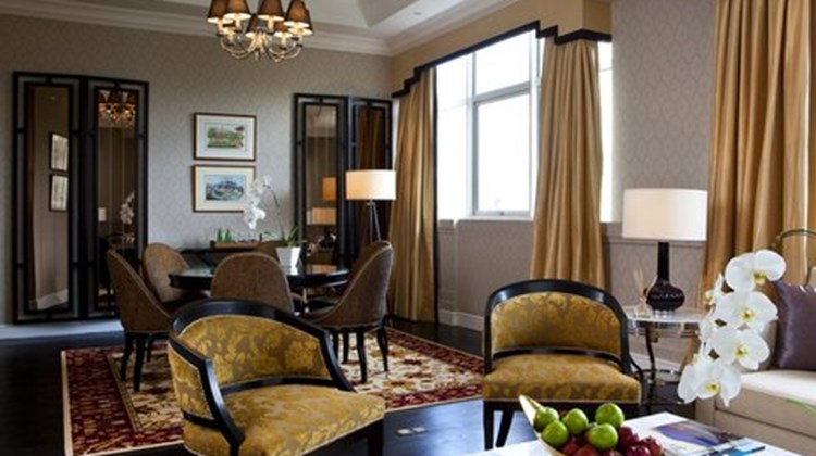 The Heritage Station Hotel Suite