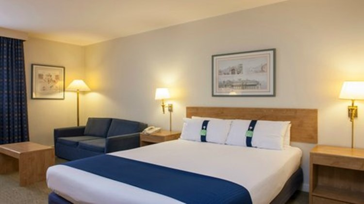 Holiday Inn Warrington Room