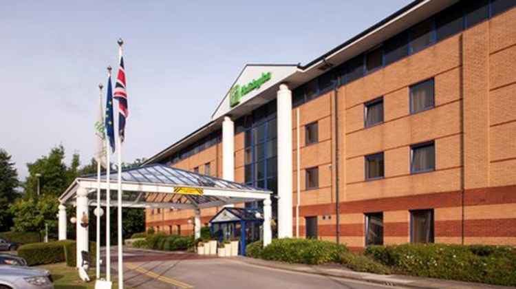 Holiday Inn Warrington Exterior