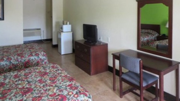 Econo Lodge Okeechobee Room