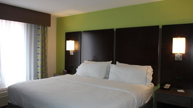 Holiday Inn & Suites, Sweetwater Room