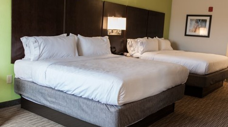 Holiday Inn & Suites, Sweetwater Suite