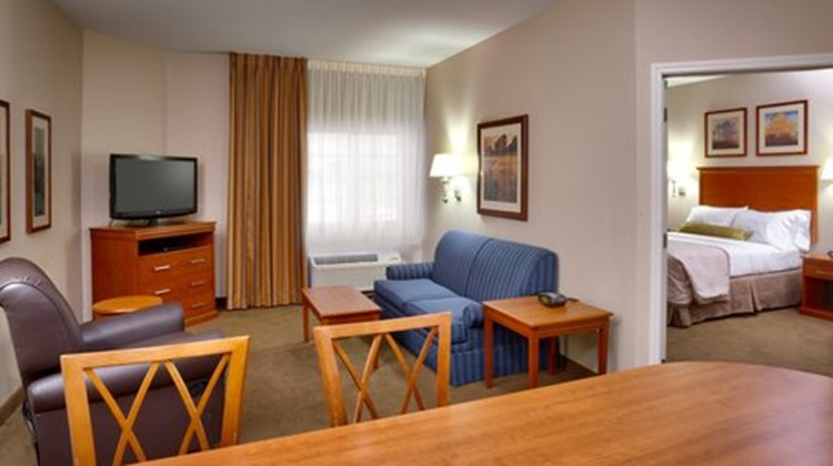 Candlewood Stes Grand Junction NW Room