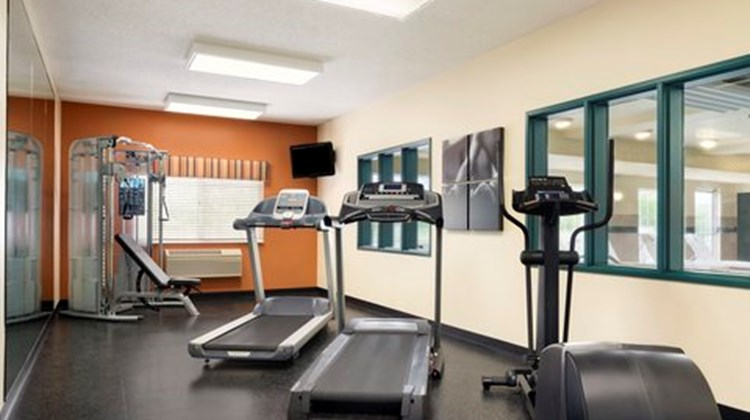 Country Inn & Suites Big Rapids Health Club