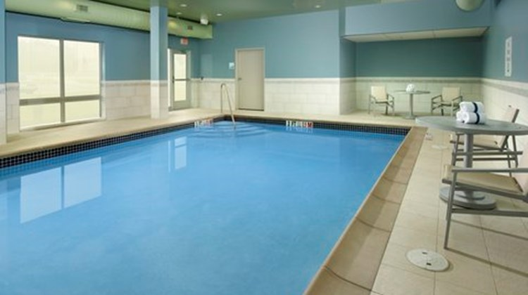 Holiday Inn Express & Suites Altoona Pool