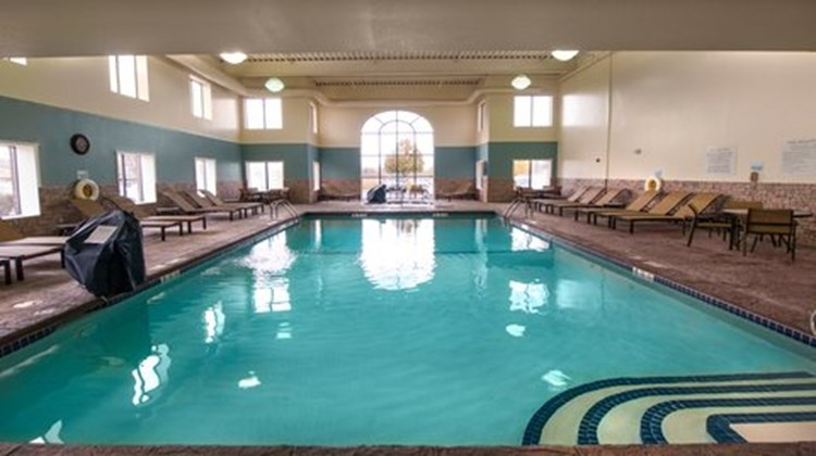 Holiday Inn Express Hotel and Suites Buf Pool