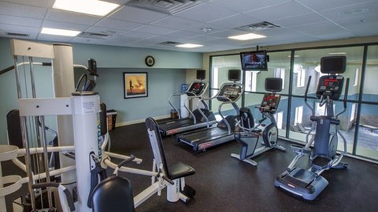 Holiday Inn Express Hotel and Suites Buf Health Club