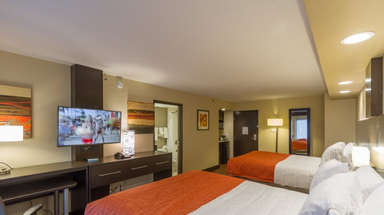 Holiday Inn Express & Suites East-I10 Room