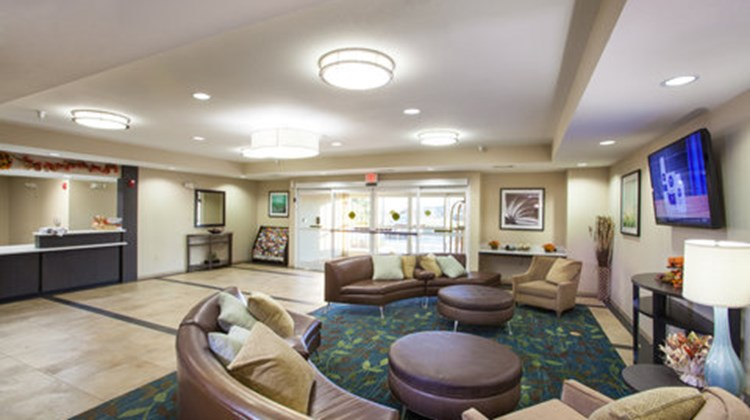 Candlewood Suites New Braunfels Lobby
