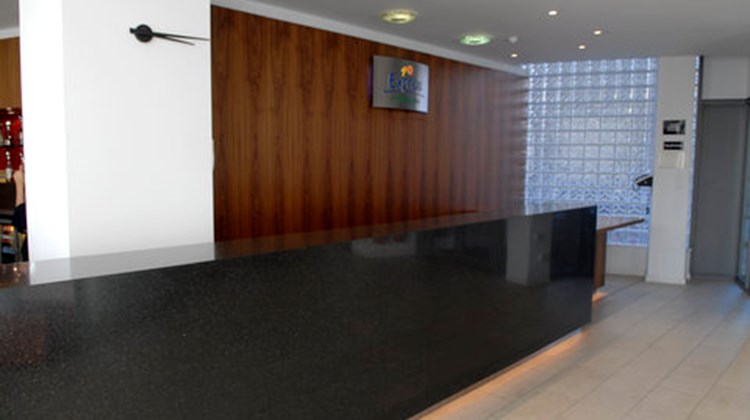 Holiday Inn Express London City Lobby