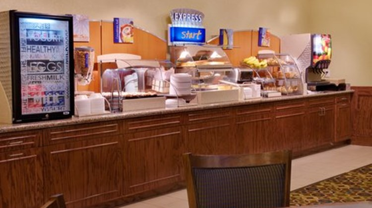 Holiday Inn Express & Suites Galveston W Restaurant