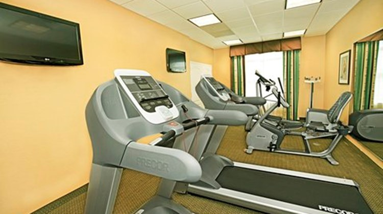 Holiday Inn Express Suites Bossier Health Club
