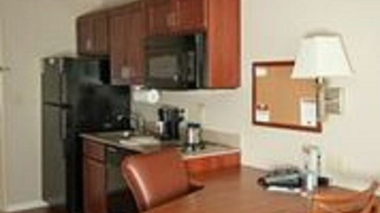Candlewood Suites Lawton - Fort Sill Suite