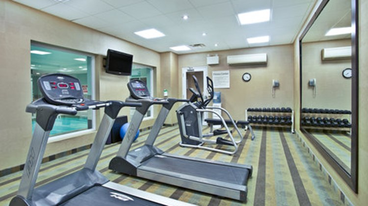 Holiday Inn Express Hotel & Sts Kingston Health Club