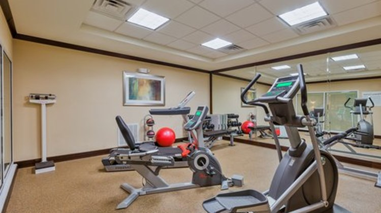 Holiday Inn Express Suites Alpine Health Club
