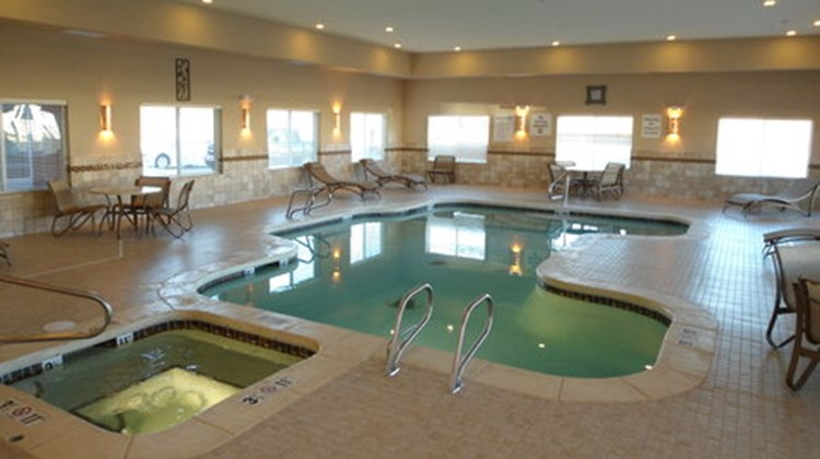 Holiday Inn Express Suites Alpine Pool