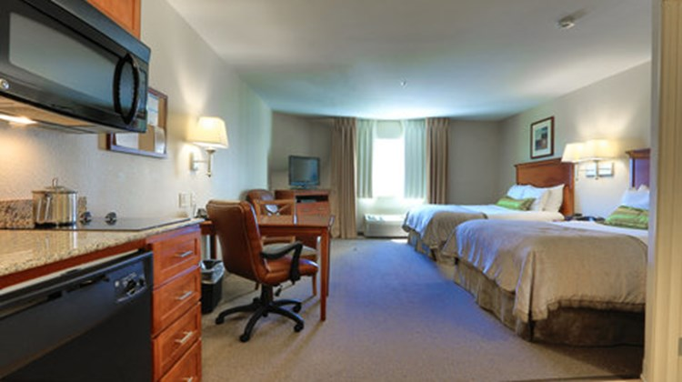 Candlewood Suites Plano East Room