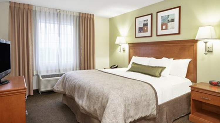 Candlewood Suites Fayetteville Suite