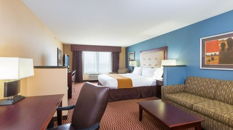 Holiday Inn Express and Suites, Helena Suite