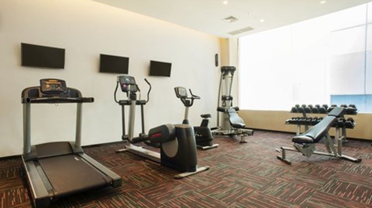 Holiday Inn Express Surabaya CenterPlaza Health Club