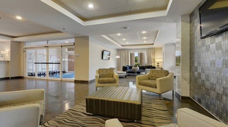 Holiday Inn Express & Suites Gonzales Lobby