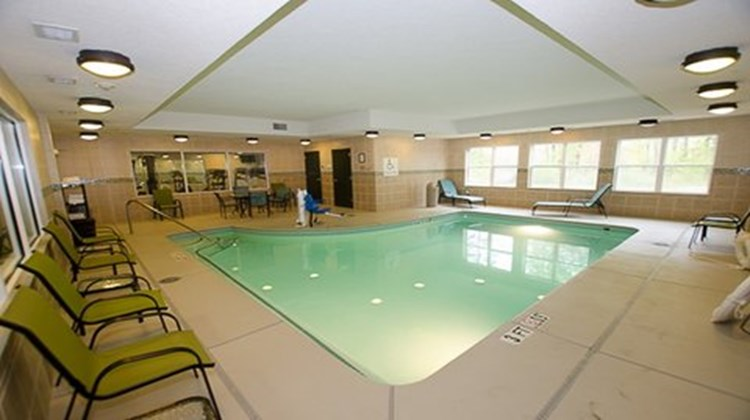 Holiday Inn Express & Suites LaGrange Pool