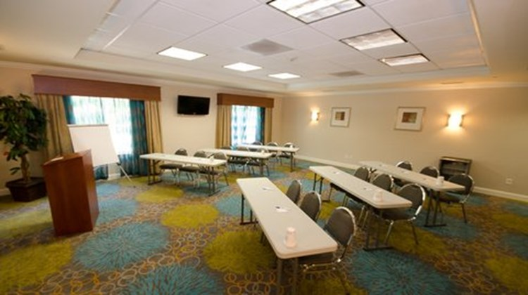 Holiday Inn Express & Suites LaGrange Meeting