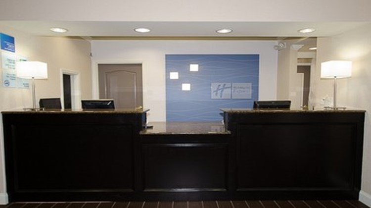 Holiday Inn Express & Suites LaGrange Lobby