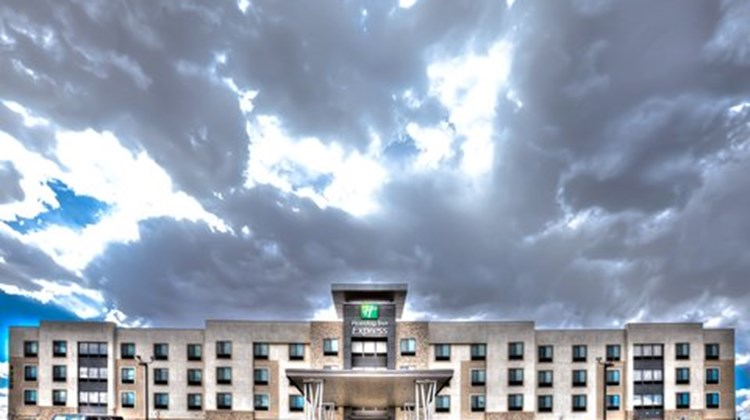 Holiday Inn Express & Suites Amarillo W Exterior