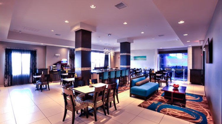 Holiday Inn Express & Suites Amarillo W Restaurant