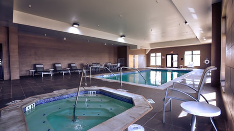 Holiday Inn Express & Suites Amarillo W Pool