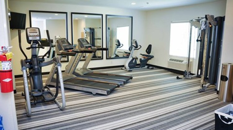 Candlewood Suites Columbus-Northeast Health Club