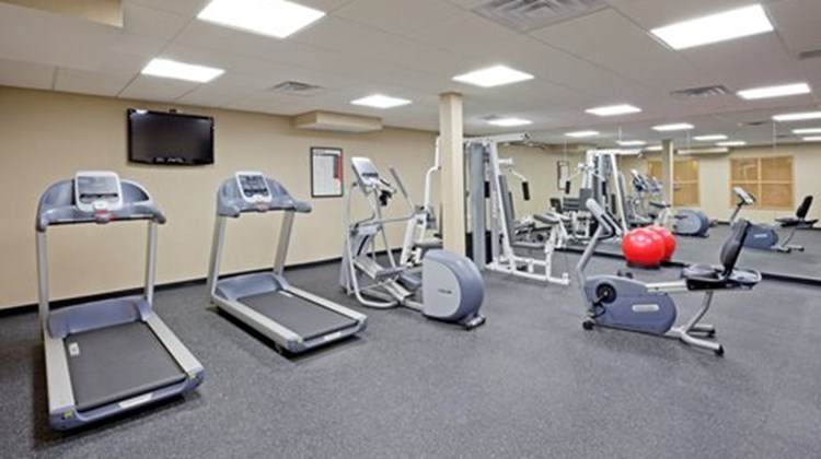 Holiday Inn Express & Suites Absecon Health Club