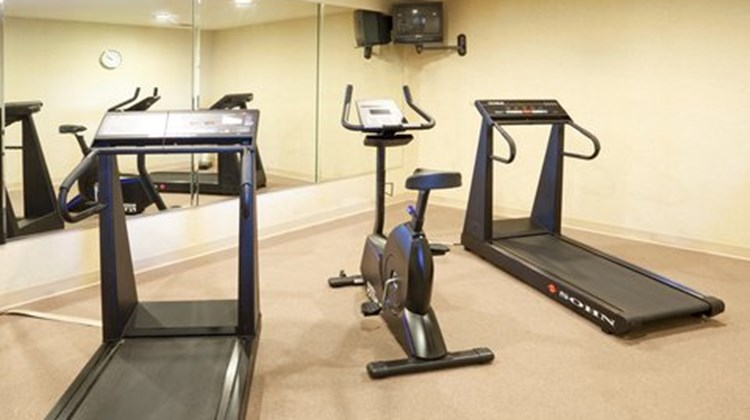 Holiday Inn Express & Suites Kerrville Health Club