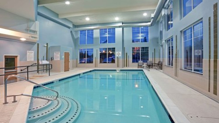Holiday Inn Express & Suites Sequim Spa