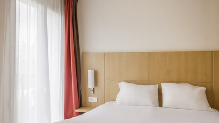 Ibis Paris Tour Montparnasse Room