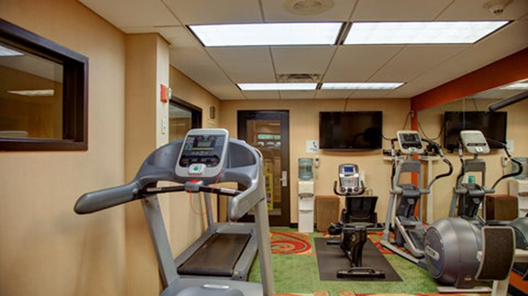 Holiday Inn Express & Suites Tyler South Health Club