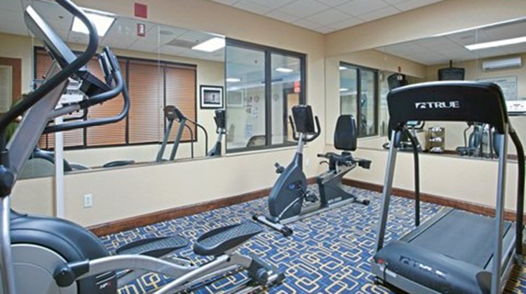 Holiday Inn Express Richmond Airport Health Club