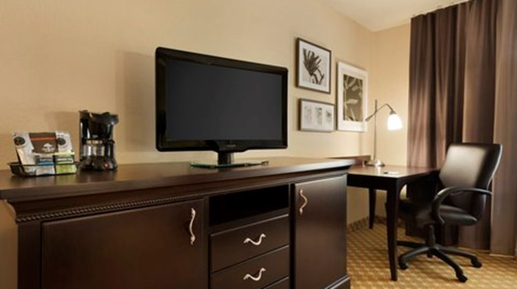 Country Inn & Suites Alexandria Room