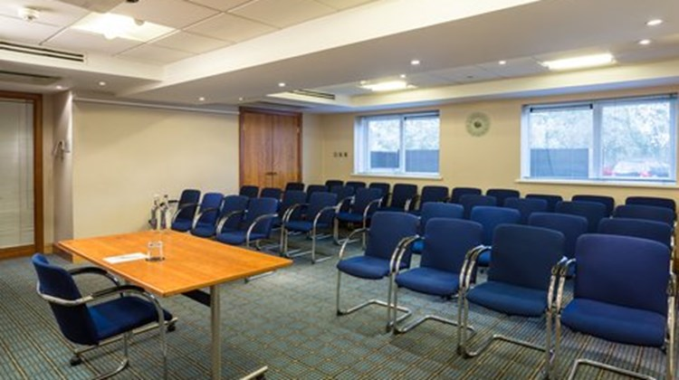 Holiday Inn Cambridge Meeting