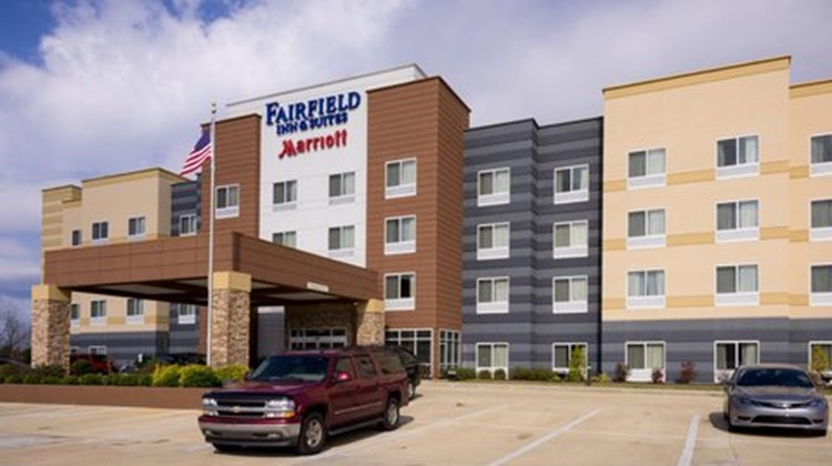 Fairfield Inn & Stes Montgomery Airport Exterior