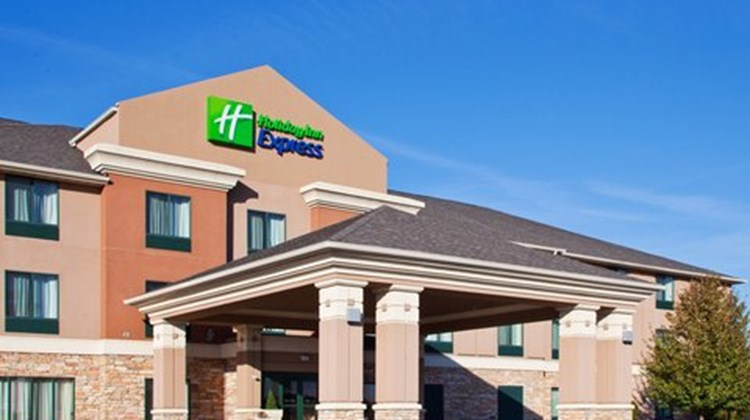 Holiday Inn Express Gas City Exterior