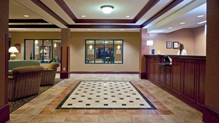 Holiday Inn Express Gas City Lobby